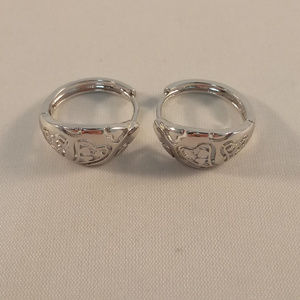 Jewelry - 18K White Gold Filled Carved Heart Hoop Earrings